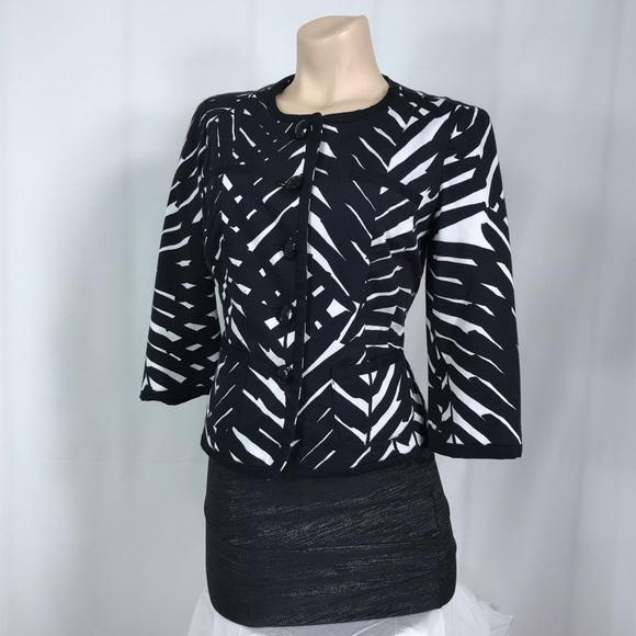 East 5th Jackets & Blazers - East 5th black and white blazer size small